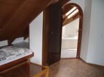 Appartement IV.-kamer 2 met badkamer