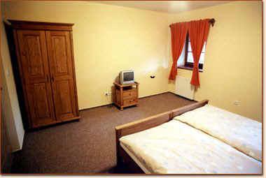 Chalet milos slaapkamer tsjechie tours for Deco slaapkamer chalet